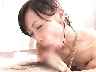 (モザ無)(舞浜朱里)エキゾチックな顔した細身モデルの唾だくジュポジュポフェラチオから生ハメ