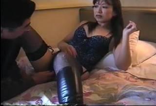 (モザ無)(個人収録)HOTELの一室で行われるシロウト人妻の痴態収録会