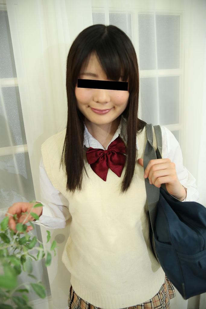 川島愛奈 制服時代〜顔面騎乗位でお顔のマッサージ〜