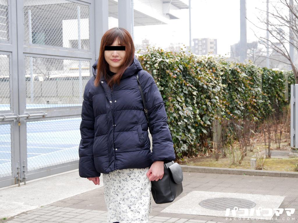 有澤舞 ごっくんする人妻たち109 〜独自の色気を醸し出す奥さん〜
